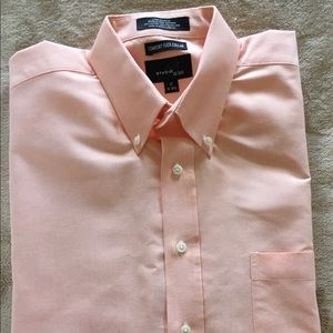Other - Men's Button Down Short Sleeve Shirt Wrinkle Free